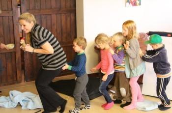 Mindfulness i børnehøjde ved Susanne Schwartau. Kursus for daginstituioner. Marte Meo Uddannelsen.